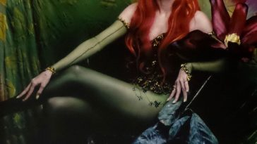 Poison Ivy Costume - Batman and Robin - Poison Ivy Cosplay