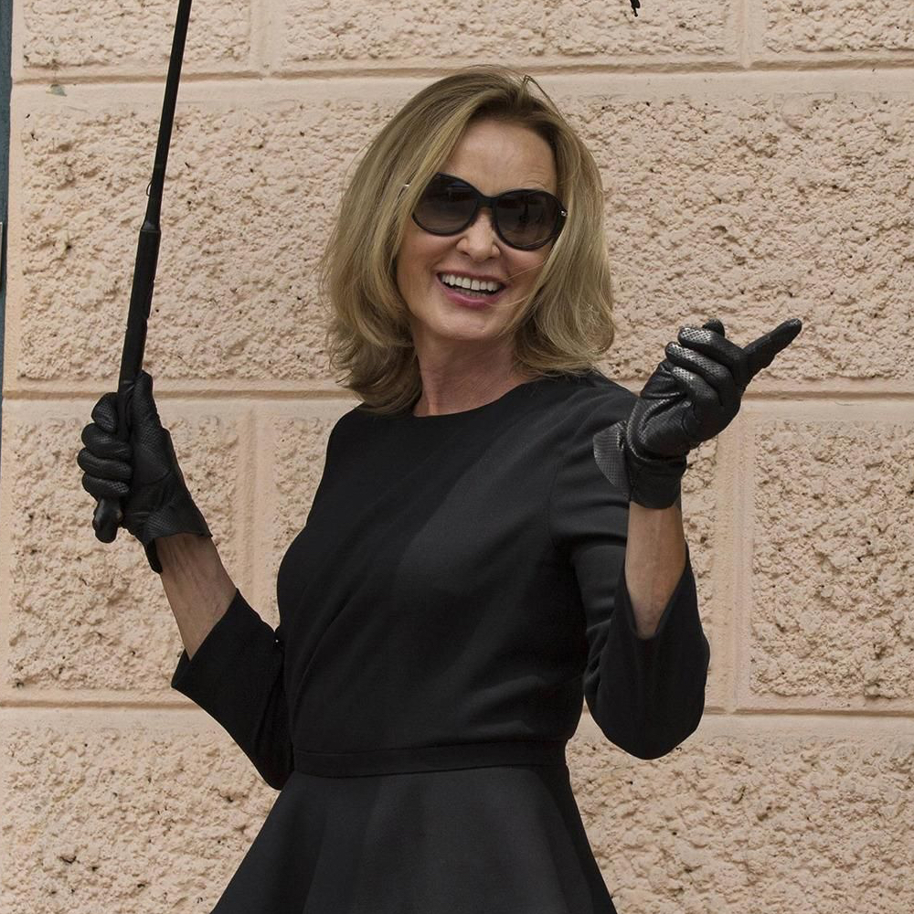 Fiona Goode costume - Fiona Goode gloves - American Horror Story costume