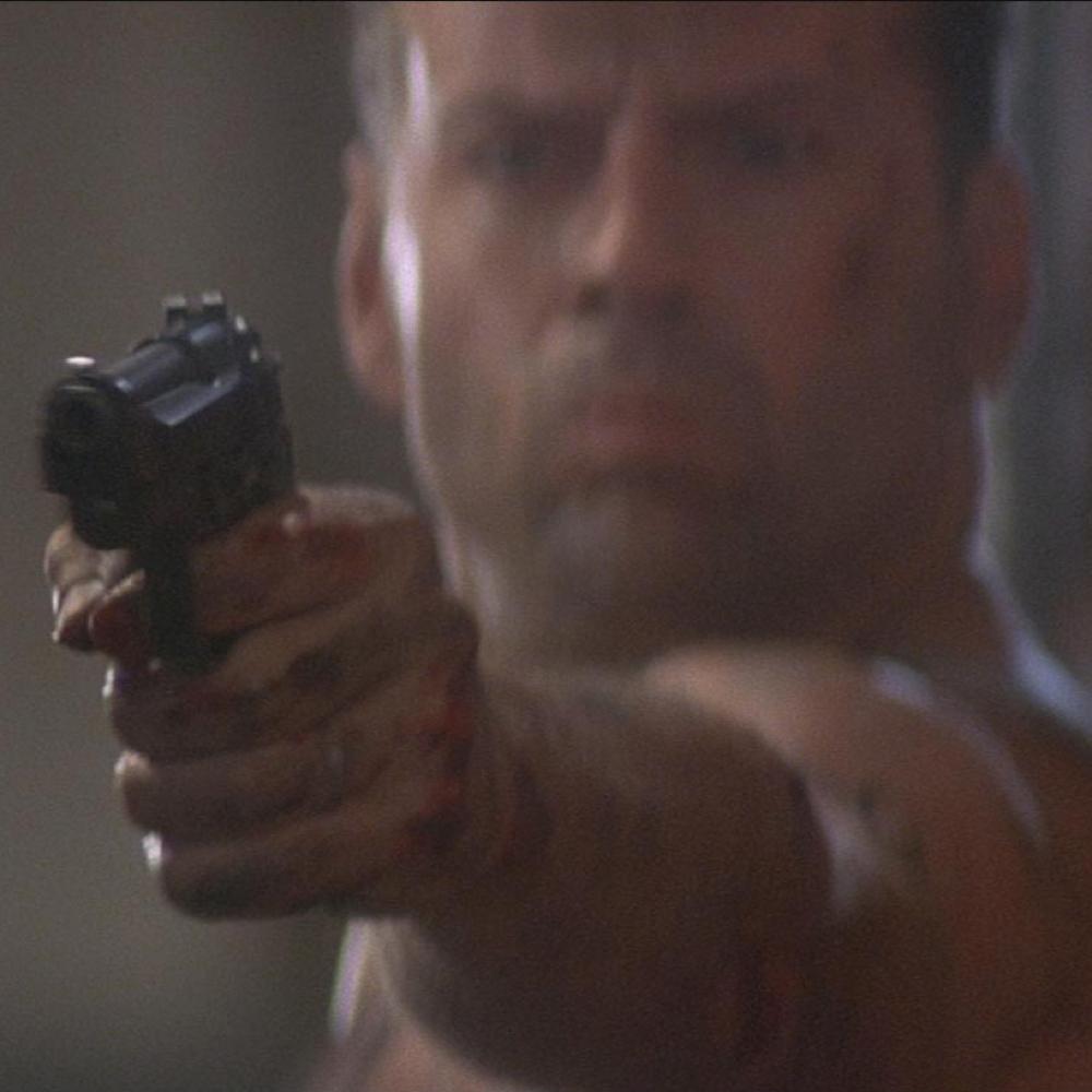 John McClane Costume - John McClane Gun