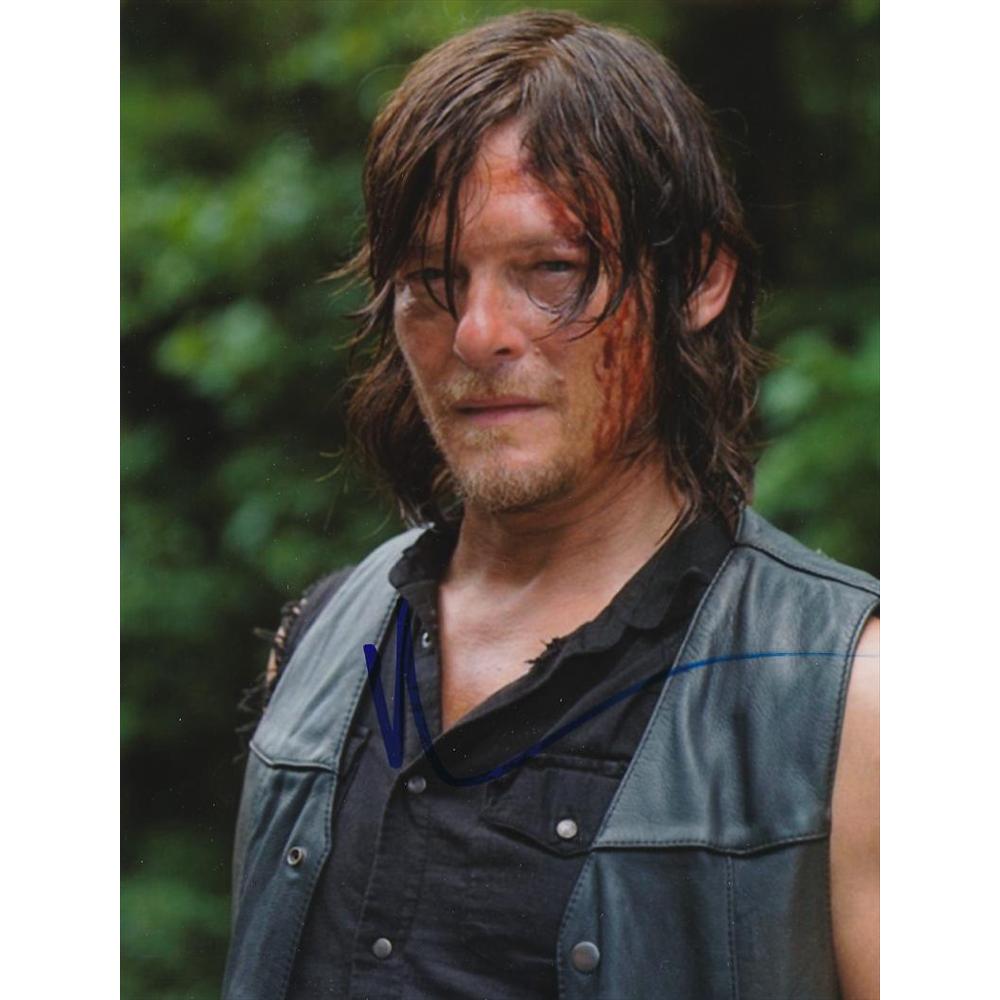 Daryl Dixon Costume - Daryl Dixon Dirt