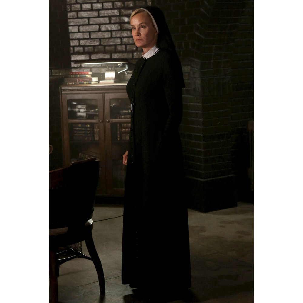 Sister Jude Costume - American Horror Story Cosplay - Sister Jude Nun