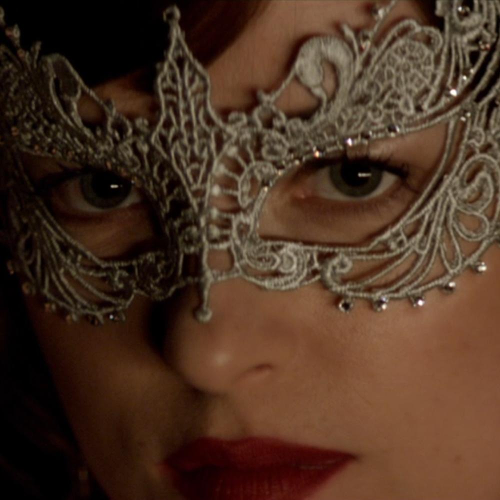 Anastasia Steele Costume - Fifty Shades of Grey - Anastasia Steele Lipstick