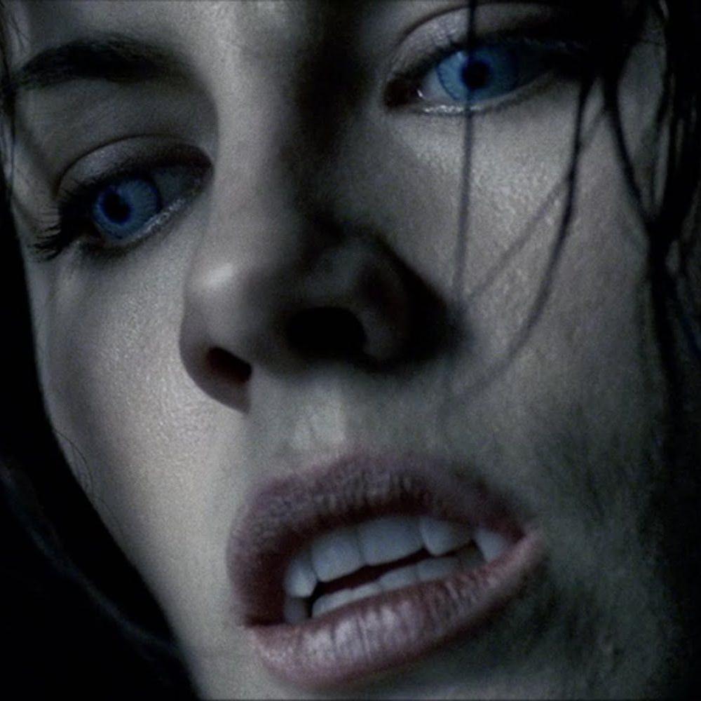 Selene Costume - Underworld - Selene Teeth