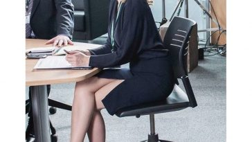 Stella Gibson Costume - The Fall Fancy Dress - Stella Gibson Cosplay - Gillian Anderson Legs - Gillian Anderson High Heels