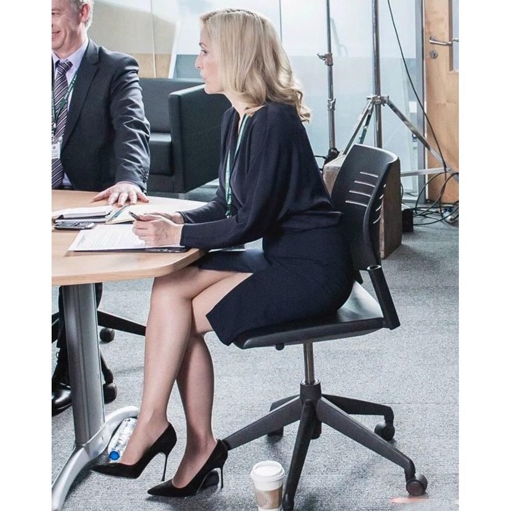 Stella Gibson Costume - The Fall Fancy Dress - Stella Gibson Suit - Gillian Anderson Legs - Gillian Anderson High Heels