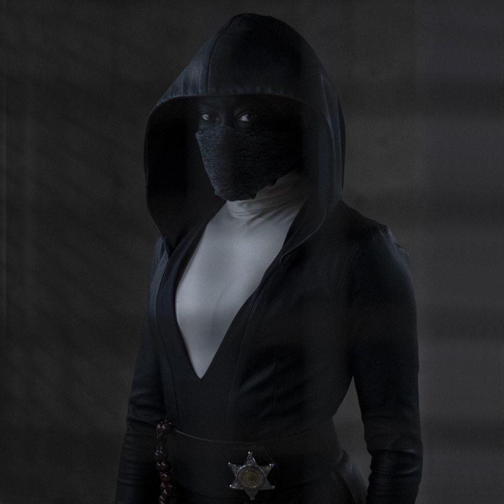 Angela Abar Costume - Watchmen - Angela Abar Sherif Badge
