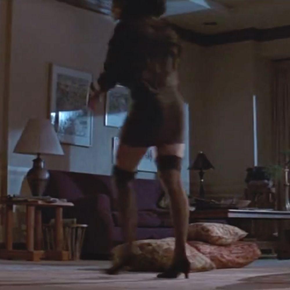 Dr Beth Garner Costume - Basic Instinct Fancy Dress - Dr Beth Garner Stockings - Jeanne Tripplehorn Legs - Jeanne Tripplehorn Stockings - Jeanne Tripplehorn High Heels