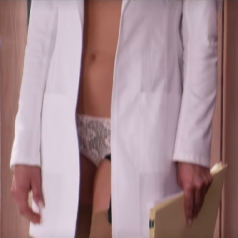 Dr Julia Harris Costume - Horrible Bosses Fancy Dress - Dr Julia Harris Panties - Jennifer Aniston Legs - Jennifer Aniston High Heels - Jennifer Aniston Stockings - Jennifer Aniston Panties