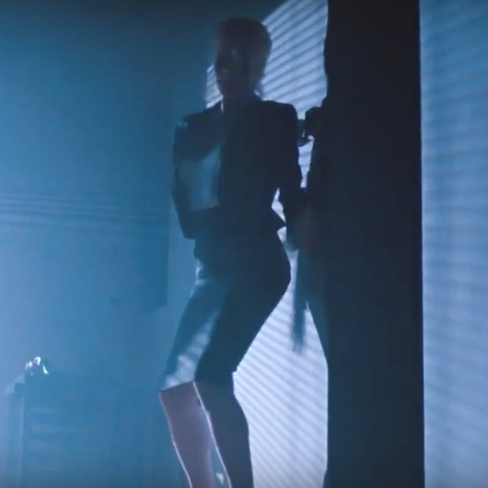 Elizabeth McGraw Costume - Nine and a Half Weeks Fancy Dress - Elizabeth McGraw Jacket