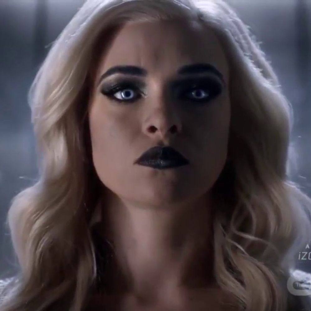 Killer Frost Costume - The Flash Fancy Dress - Killer Frost Eyeshadow