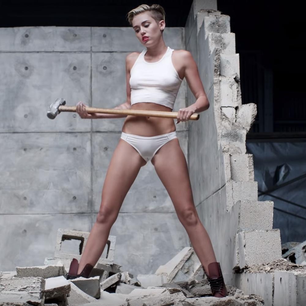 Miley Cyrus Fancy Dress - Miley Cyrus Wrecking Ball Costume - Miley Cyrus Wrecking Ball Sledgehammer