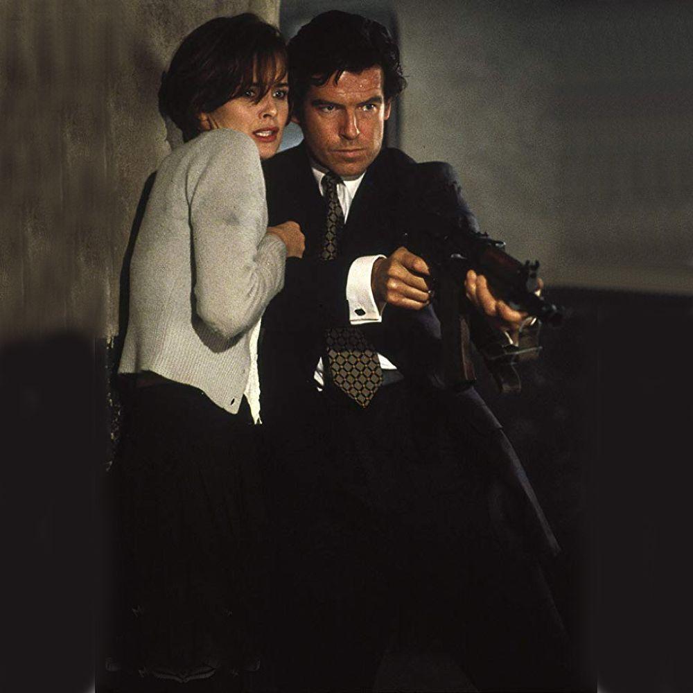 Natalya Simonova Costume - James Bond Fancy Dress - Natalya Simonova Cardigan