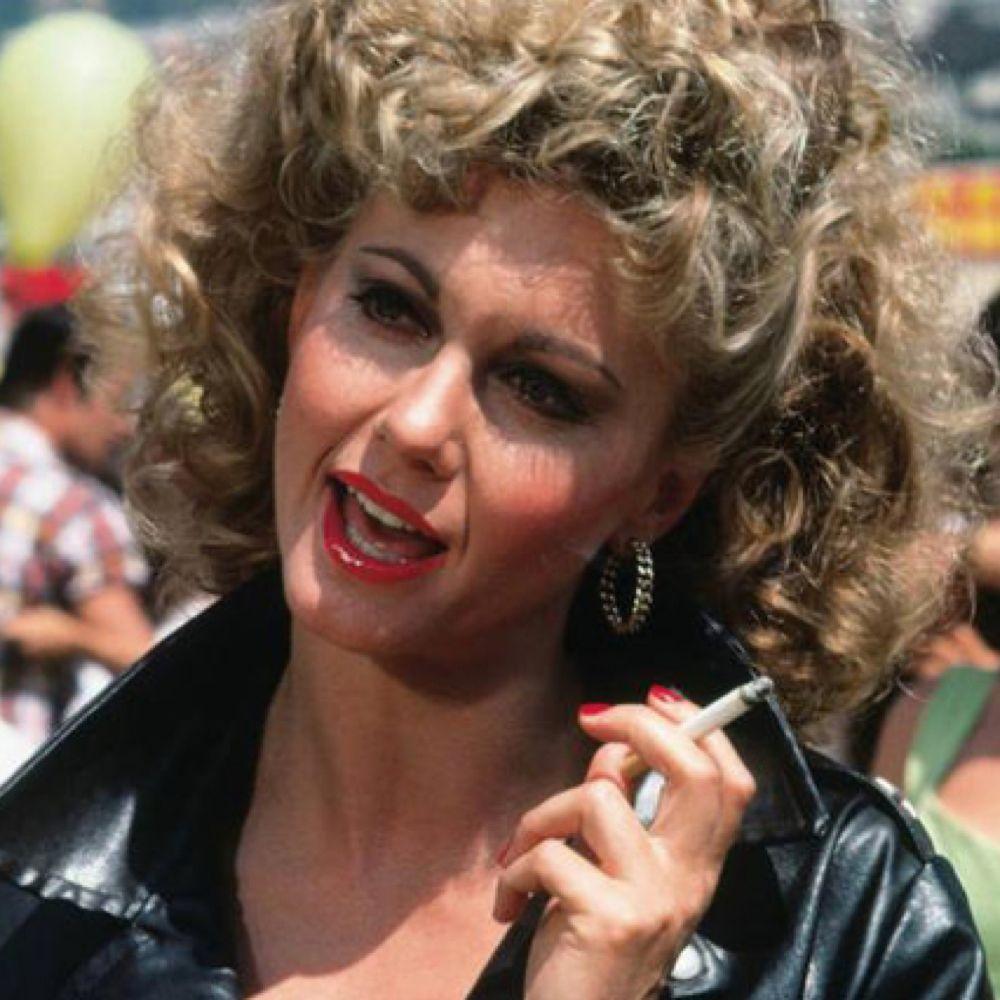 Sandy Olsson Costume - Grease Fancy Dress - Sandy Olsson Lipstick
