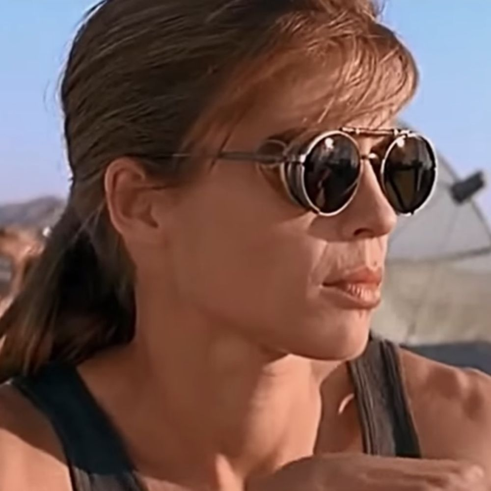Sarah Connor Costume - Terminator 2: Judgement Day Fancy Dress - Sarah Connor Sunglasses