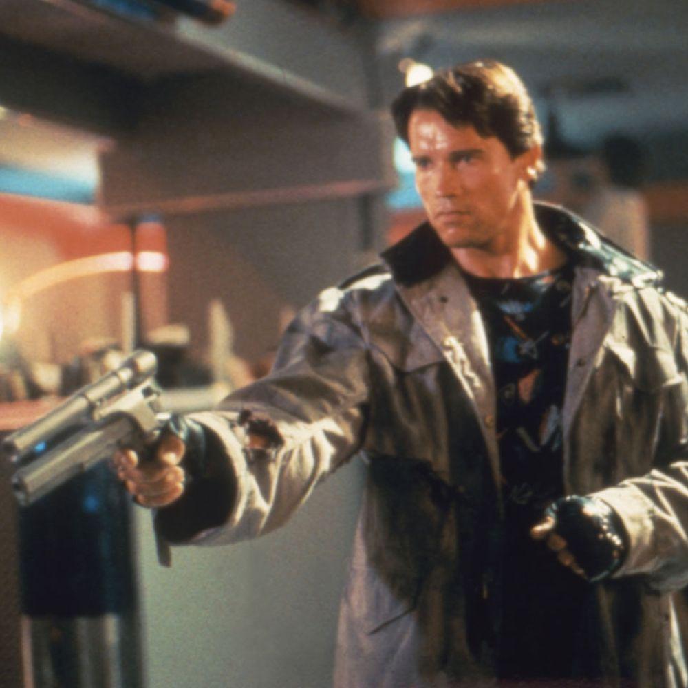 Terminator Costume - T-800 Costume - The Terminator Fancy Dress - Terminator Gun