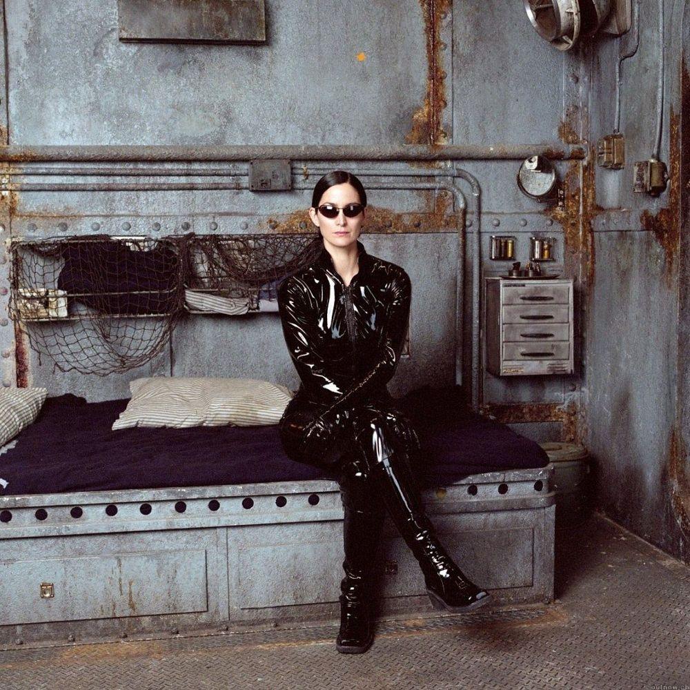 Trinity Costume - The Matrix Fancy Dress - Trinity Boots