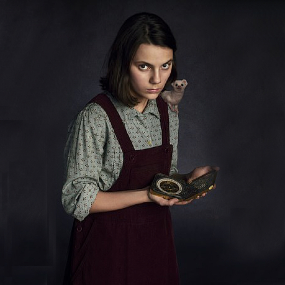 Lyra Belacqua Costume - His Dark Materials Fancy Dress - Lyra Belacqua Compass